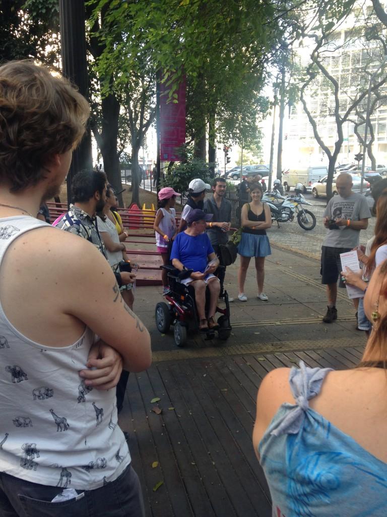 """Encontro """"Namore a sua Cidade"""", da Associação pela Mobilidade e Pé (foto: Leandro Beguoci)"""