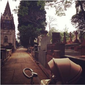 Aqui carro não entra (cemitério da Consolação)