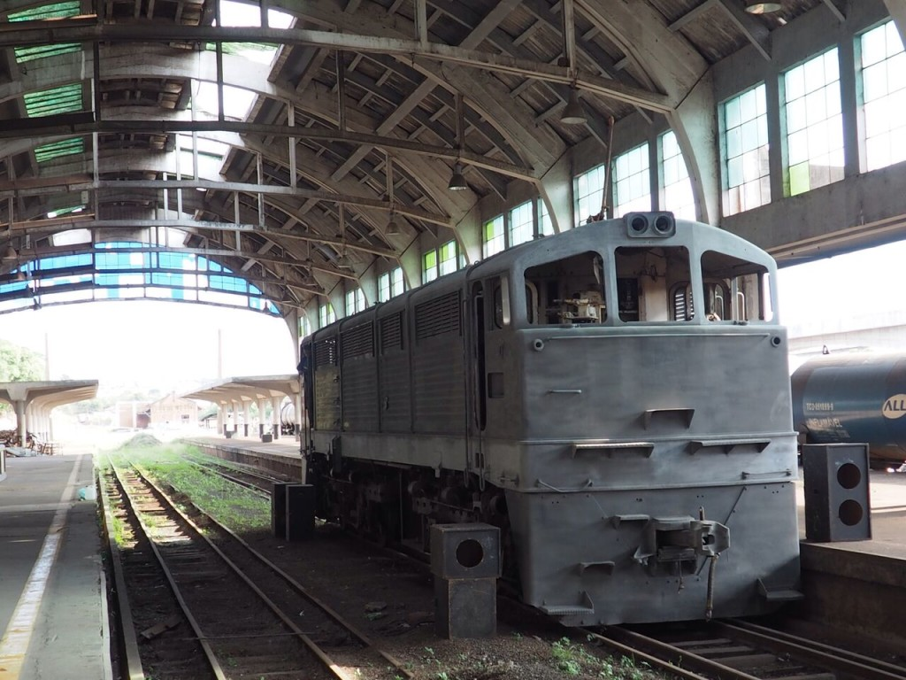 Locomotiva em restauração em Bauru (foto: Leandro Beguoci)