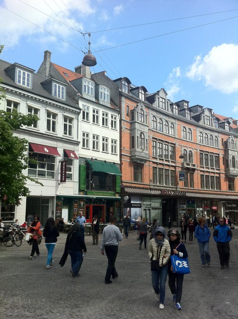 A via exclusiva para pedestres Stoget, em Copenhague (foto: Danilo Cersosimo)