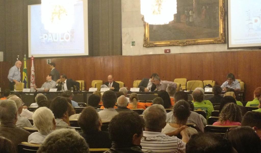 Primeira audiência devolutiva da proposta para nova lei de zoneamento na Câmara Municipal (foto: Camila Montagner)