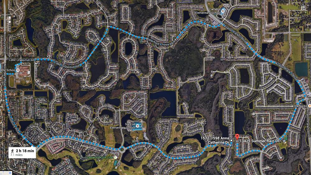 O longo trajeto de carro entre duas casas vizinhas em Orlando (Google Maps)